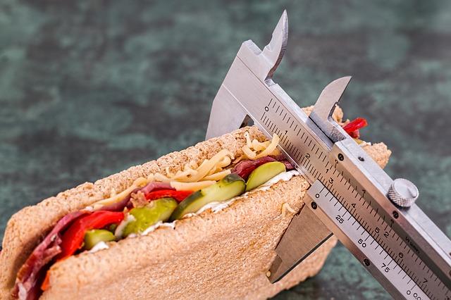sendvič s okurkou