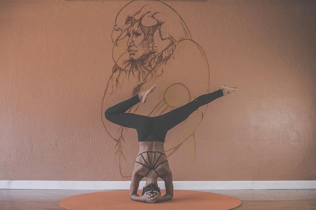 cvičení jogy.jpg