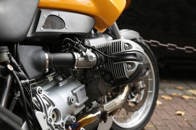 motor na motorke.jpg