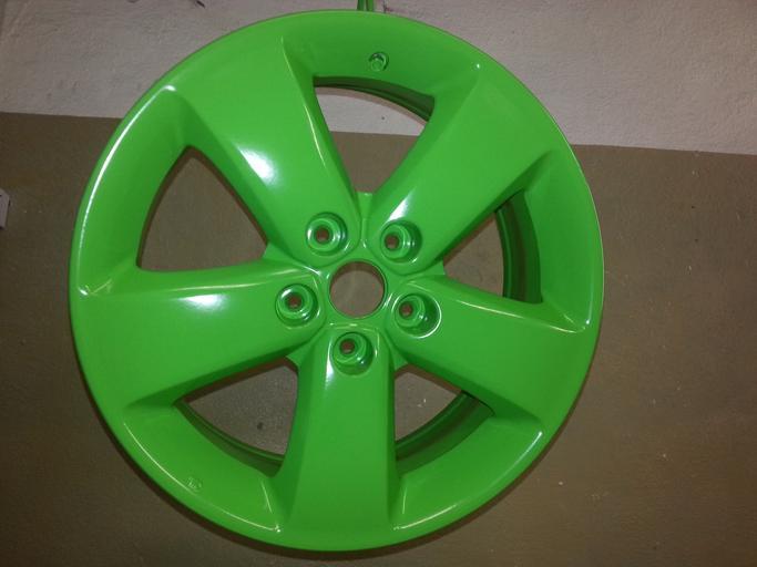 Zelený ráfik na koleso